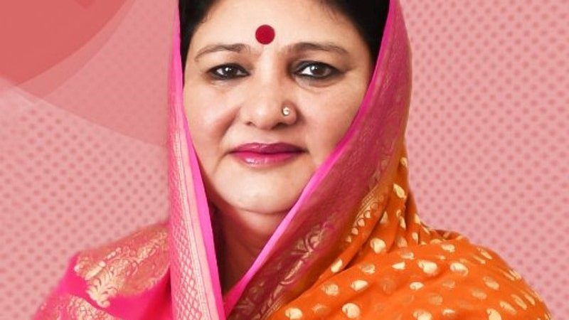 ब्रेकिंग: कैबिनेट मंत्री सतपाल महाराज की पत्नी अमृता रावत की कोरोना रिपोर्ट पॉजिटिव