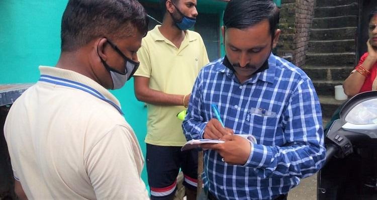 नगर निगम देहरादून में दवा छिड़काव और चालान वसूली के साथ डेंगू भगाओ अभियान जारी