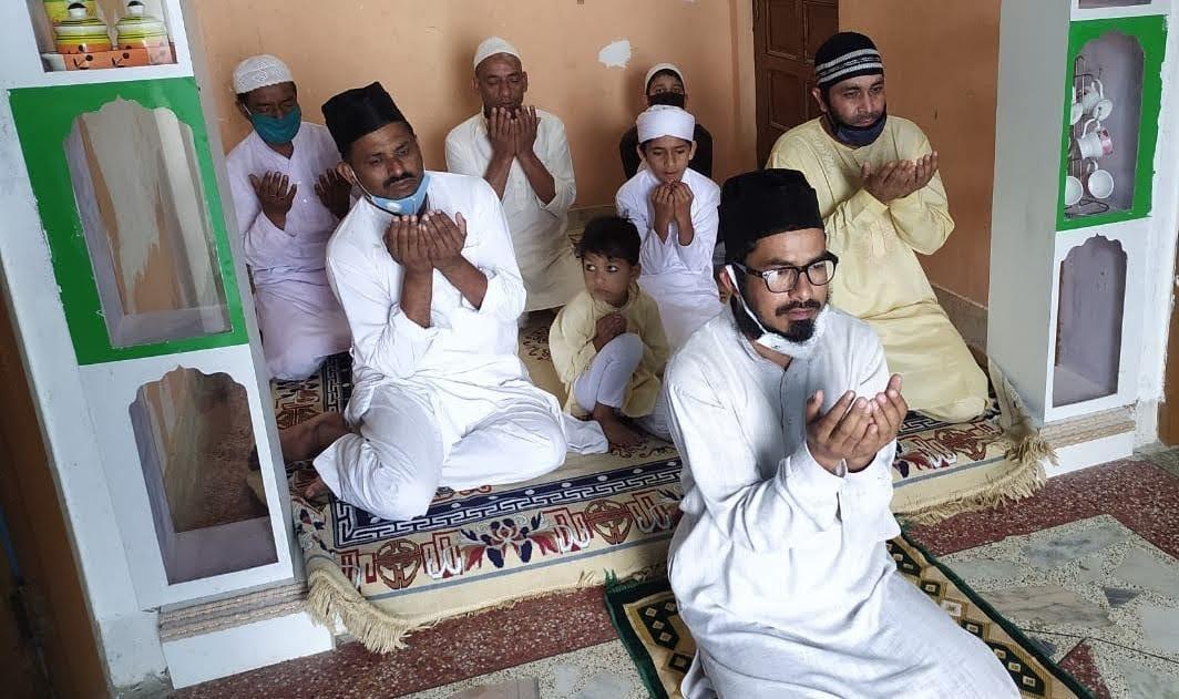 टिहरी में सादगी से मनाई गयी ईद