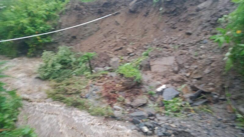 गंगी में बादल फटने से दो गौशाला समेत 20 पशु बहने की खबर,मालिक जान बचाकर भागे