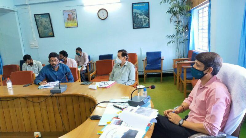 बैठक में गैरहाजिर ईओ का जवाब तलब