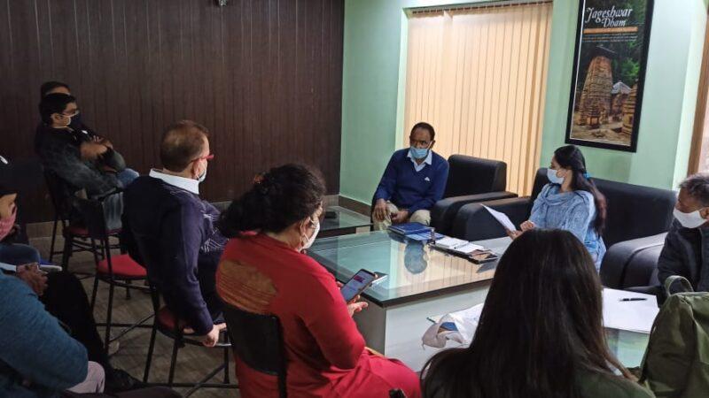 विभिन्न होटलों में कोविड-19 के दृष्टिगत  कार्यशाला का किया आयोजन