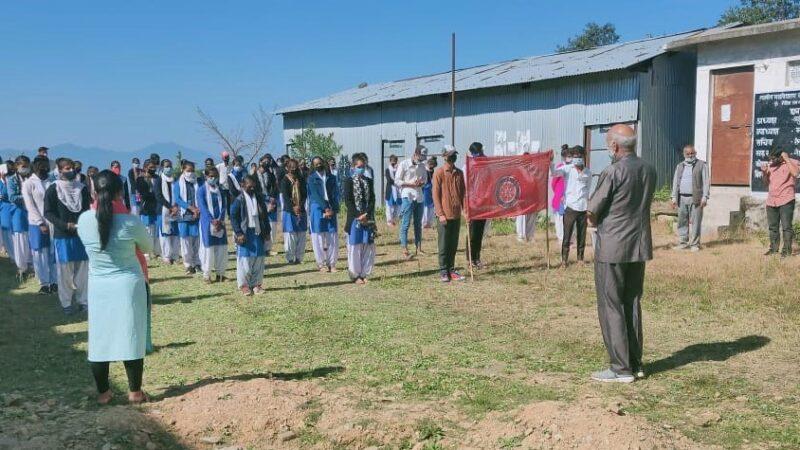 राजकीय महाविद्यालय चंद्रबदनी नैखरी में कोविड-19 से सावधानी हेतु शपथ के साथ सुरक्षा उपायों पर चर्चा