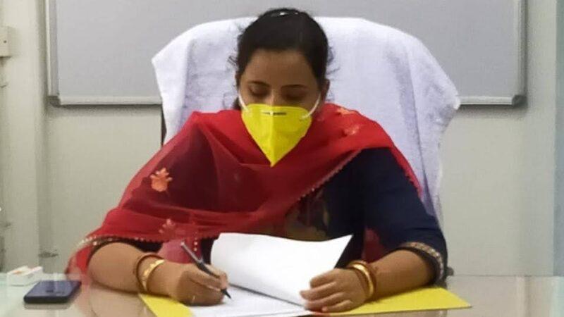 डीएम ने वनाग्नि रोकने के लिए ग्राम स्तर पर जागरूकता अभियान चलाने के दिए निर्देश